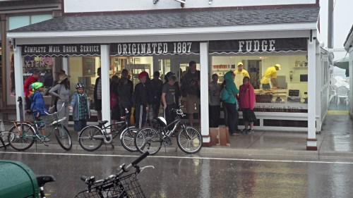 A little rain on the streets set everyone's mind to fudge . . . Original Murdick's Fudge!