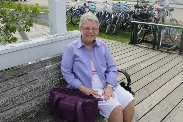 Also got to chat a moment with one of my favorite artists - Mary Lou Peters - all dressed up in lilac in celebration of the festival.