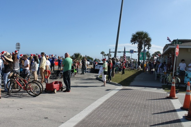 We rode downtown Saturday afternoon to take in the Flagler Beach Christmas parade and were surprised how many folks turned out!  Highway A1A was lined with folks to watch a parade that ran almost an hour . . .