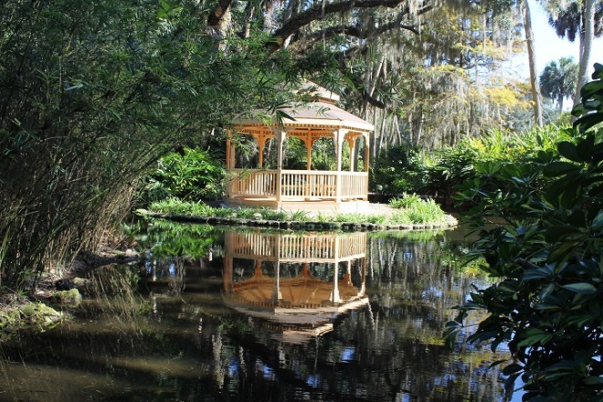 We saw most of the park in under an hour, but it was well worth the trip.  This gazebo standing at the edge of a small pond was my favorite spot.